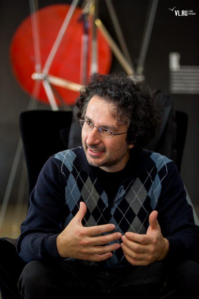 Marios Joannou Elia VL.RU Interview
