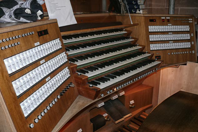 Marios Joannou Elia - Ulmer Oratorium, organ keyboards