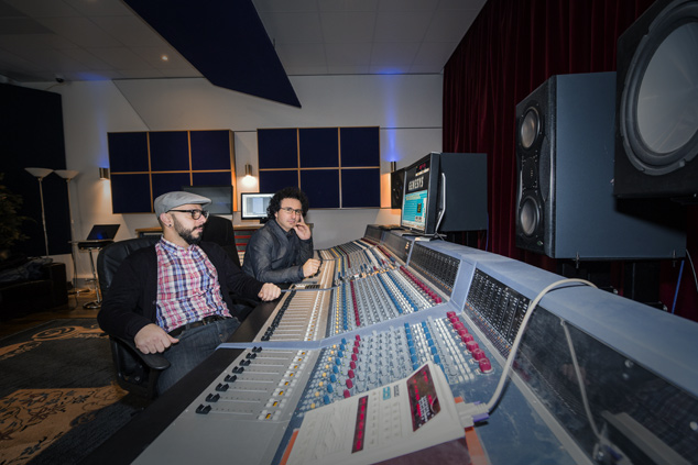 Marios Joannou Elia and Nick Elia at Oxford Studio (Photo © Kostis Nikolas)