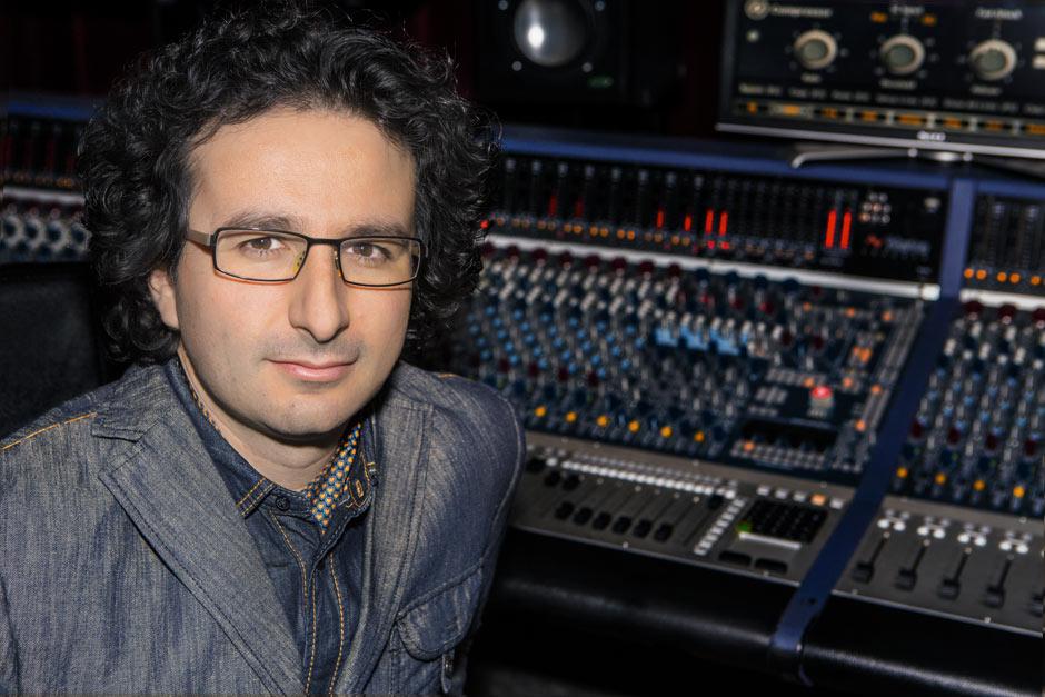 Marios Joannou Elia at Oxford Studio (Photo © Kostis Nikolas)