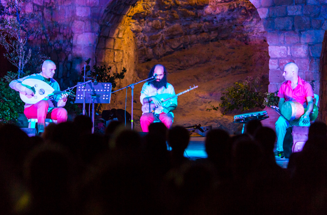 Marios Joannou Elia, Pafos2017 and Trio Constantinople at Kato Vrisy, Geroskipou (Photo © Larkos)