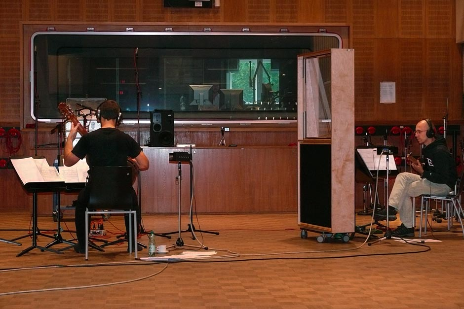 Marios Joannou Elia, Kostas Tosidis and Ronny Wiesauer at ORF RadioKulturhaus Studio (Photo © Aesthis Records)