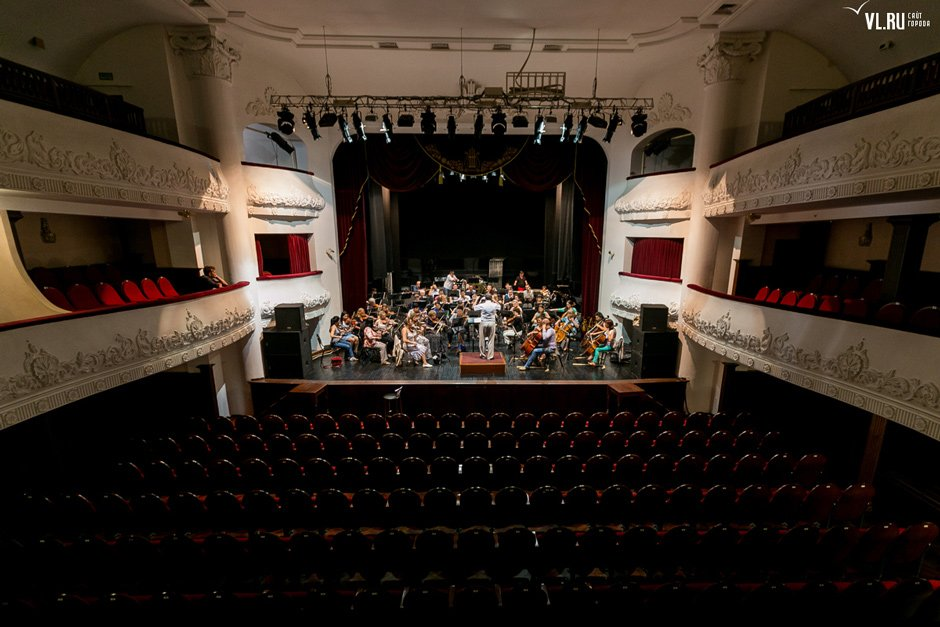 "Marios Joannou Elia's ""Naval Symphony"" at Primorye Philharmonic, Pacific Symphony Orchestra"